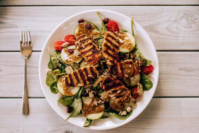 Deusto Salud Opiniones - Alimentos saludables a incluir en tu dieta
